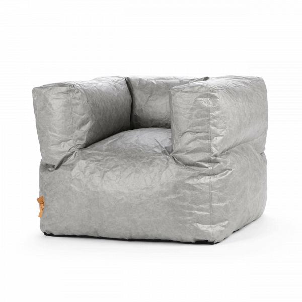 Кресло бескаркасное OdeonИнтерьерные<br>Дизайнерское бескаркасное кресло Odeon (Одеон) с подлокотниками от Lazy Life Paris (Лэзи Лайф Пэрис).<br><br><br> Кресло бескаркасное Odeon — это оригинальное стильное решение ведущих дизайнеров компании Lazy Life Paris, которые оформили некоторые варианты обивки кресла под смятую фольгу, что в интерьере смотрится очень необычно и создает в комнате свою неповторимую атмосферу стиля и гармоничной красоты. Кресло по форме напоминает неполный куб и словно обволакивает вас во время отдыха, благодаря ...<br><br>stock: 3<br>Высота: 70<br>Ширина: 80<br>Глубина: 70<br>Наполнитель: EPS наполнитель<br>Тип материала каркаса: Водостойкий материал TVK<br>Цвет каркаса: Серый