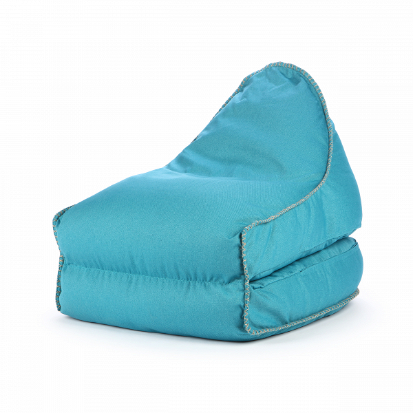 Кресло бескаркасное CourcellesИнтерьерные<br>Дизайнерское голубое раскладываемое бескаркасное кресло-кровать Courcelles (Корселес) от Lazy Life Paris (Лэзи Лайф Пэрис).<br><br><br> Кресло бескаркасное Courcelles — это замечательное творение лучших дизайнеров компании Lazy Life Paris, которые объединили в одном кресле необычайный комфорт и невероятно привлекательный внешний вид. Кресло имеет внушительные размеры и уютную спинку, которая становится удобным подголовником в разложенном варианте. Кресло выполнено в современном стиле лаконизма, к...<br><br>stock: 0<br>Высота: 70<br>Ширина: 80<br>Глубина: 90<br>Наполнитель: EPS наполнитель<br>Материал каркаса: Полиэстер<br>Тип материала каркаса: Ткань<br>Цвет каркаса: Голубой