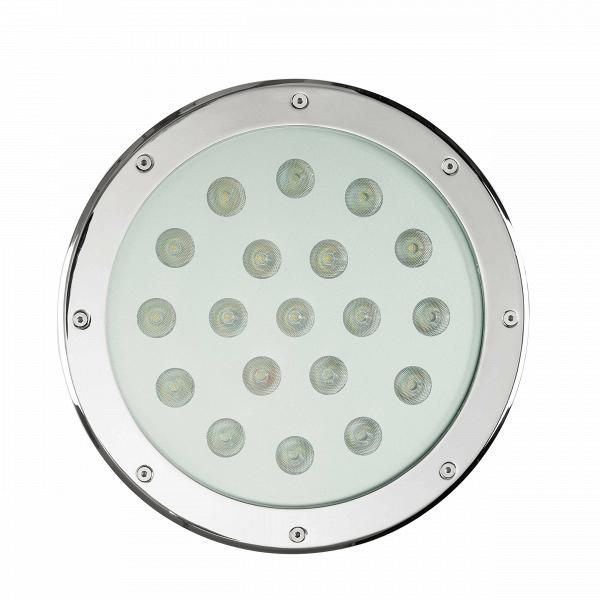 Встраиваемый уличный светильникУличные<br>Этот встраиваемый уличный светильник – лучшее решение для подсветки дорожек и тропинок на вашем участке. Он поможет акцентировать внимание на уличном скульптурном ансамбле или необычном объекте ландшафтного дизайна, прекрасно подойдёт для освещения веранды или фасада здания. Если встроить его в стену, обвив плющом, мягкий свет с зеленоватым отливом создаст в окружающем пространстве уникальную романтичную атмосферу.<br><br><br> Такой светильник является настоящим образцом функциональности, ведь...<br><br>stock: 28<br>Высота: 9<br>Диаметр: 30<br>Количество ламп: 19<br>Материал абажура: Стекло<br>Материал арматуры: Сталь<br>Мощность лампы: 2<br>Ламп в комплекте: Нет<br>Напряжение: 220<br>Тип лампы/цоколь: CREE LED<br>Цвет абажура: Серебряный
