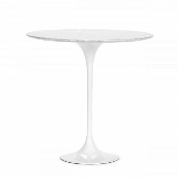Кофейный стол Tulip с мраморной столешницей высота 52Кофейные столики<br>Дизайнерский кофейный круглый стол Tulip (Тулип) высота 52 с мраморной столешницей на одной ножке от Cosmo (Космо).<br><br><br> УВкаждого знаменитого дизайнера прошлого столетия есть своя «формула вечного дизайна», аВзначит, есть иВпроизведения дизайнерского искусства, которые уже много лет неВвыходят изВмоды, неВтеряют своей актуальности иВвостребованы поВсей день. Оригинальный стол Tulip как раз был разработан при помощи такой формулы, которую вывел Ээро...<br><br>stock: 0<br>Высота: 52,5<br>Диаметр: 52<br>Цвет ножек: Белый глянец<br>Цвет столешницы: Белый<br>Материал столешницы: Мрамор итальянский<br>Тип материала столешницы: Мрамор<br>Тип материала ножек: Алюминий<br>Дизайнер: Eero Saarinen