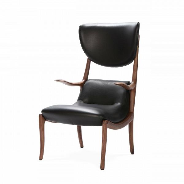 Кресло Star TrekИнтерьерные<br>Дизайнерское изысканное кресло Star Trek (Стар Трек) из дерева с обивкой из кожи от Cosmo (Космо).<br><br><br> Кресло Star Trek сочетает в себе любимую многими классику и изысканность традиций китайского стиля. Каркас кресла изготовлен из американского ореха, который считается одним из первых среди элитных сортов дерева. Сиденье и спинка кресла обиты кожей черного цвета.В Удобная анатомической формы спинка поможет вам расслабиться и почувствовать себя наиболее комфортно.<br><br><br> Мебель из амер...<br><br>stock: 1<br>Высота: 109<br>Ширина: 65<br>Глубина: 75<br>Тип производства: Ручное производство<br>Материал каркаса: Массив ореха<br>Тип материала каркаса: Дерево<br>Тип материала обивки: Кожа<br>Цвет обивки: Черный<br>Цвет каркаса: Орех американский