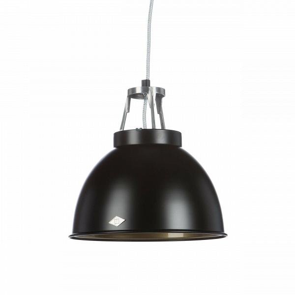Подвесной светильник Titan Size 1Подвесные<br>Подвесной светильник Titan диаметр 35,5 производства английской компании Original BTCВ— это оригинальный ретродизайн вВстиле 1940-х годов, воплощенный вВдухе функциональности, лаконичности иВпрактичности. Этот светильник будет одинаково уместен вВбольшинстве стилевых решений интерьеров. Спокойный, «необработанный» дизайн идеально подходит для использования вВрамках индустриального стиля, для освещения баров, коворкингов, лофтов иВдругих просторных помещен...<br><br>stock: 0<br>Высота: 36<br>Диаметр: 35,5<br>Доп. цвет абажура: Бронзовый<br>Количество ламп: 1<br>Материал абажура: Металл<br>Мощность лампы: 150<br>Напряжение: 230<br>Тип лампы/цоколь: E27<br>Цвет абажура: Черный