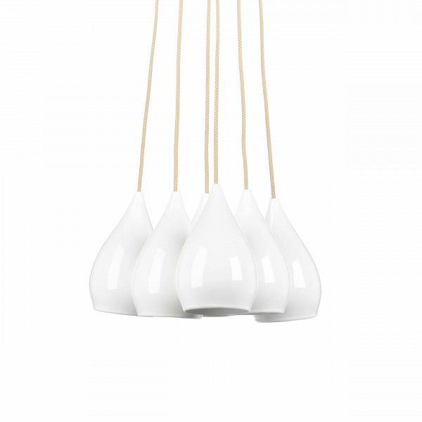Подвесной светильник Drop One 6 ламп 2Подвесные<br>Подвесной светильник Drop One 6 ламп 2 — это удивительное и необыкновенно красивое творение ведущих дизайнеров компании Original BTC. Лампы подвешены на светлых прочных тросах таким образом, чтобы вы смогли расположить их как вам захочется. А необычайной красоты и грации плафоны, словно белоснежные колокольчики, легко украсят собой любую комнату вашего дома.<br><br><br> Подвесной светильник Drop One 6 ламп 2 состоит из нескольких плафонов, которые изготовлены из благородного материала — костяног...<br><br>stock: 2<br>Высота: 120<br>Ширина: 39<br>Диаметр: 13<br>Количество ламп: 1<br>Материал абажура: Костяной фарфор<br>Мощность лампы: 11<br>Напряжение: 230<br>Тип лампы/цоколь: E27<br>Цвет абажура: Белый