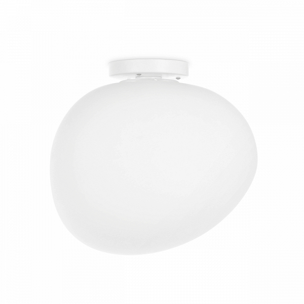 Потолочный светильник Air Bubble малыйПотолочные<br>Ведущие западные дизайнеры не перестают удивлять своими оригинальными творениями. В данном случае вам представлен потолочный светильник Air Bubble малый, чья форма напоминает мыльный пузырь, выдуваемый из большого невидимого кольца. Светильник имеет асимметричную форму шара, который, словно мыльный пузырь, волнуется в воздухе. А великолепный матовый белый цвет светильника придает ему особенную легкость и утонченность.<br><br><br> Абажур потолочного светильника Air Bubble<br>(в переводе с англий...<br><br>stock: 10<br>Высота: 28,5<br>Ширина: 26<br>Длина: 30,9<br>Количество ламп: 1<br>Материал абажура: Стекло<br>Материал арматуры: Сталь<br>Мощность лампы: 18<br>Ламп в комплекте: Нет<br>Напряжение: 220<br>Тип лампы/цоколь: E27<br>Цвет абажура: Белый<br>Цвет арматуры: Белый