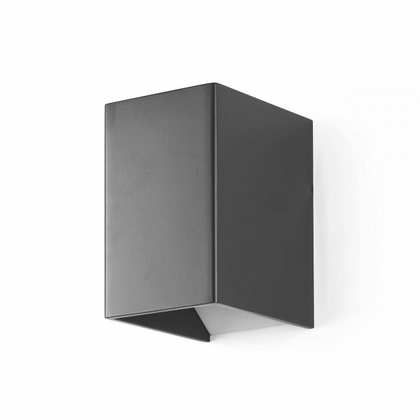 Настенный светильник Magic BoxНастенные<br>Настенный светильник Magic Box — это отличный предмет домашнего интерьера, который способен ненавязчиво подчеркнуть главные акценты дизайна и дополнить его правильной геометрической формой и стильными цветовыми решениями: матовый темно-серый или матовый белый. Светильник напоминает волшебную коробку фокусника, из которой вот-вот выпрыгнет кролик или выпорхнет голубь.<br><br><br> Целостный корпус светильника изготовлен из качественного алюминия, который гарантирует прочность и долговечность изде...<br><br>stock: 0<br>Высота: 11<br>Ширина: 9,3<br>Длина: 6,9<br>Материал абажура: Алюминий<br>Материал арматуры: Алюминий<br>Мощность лампы: 3<br>Ламп в комплекте: Нет<br>Напряжение: 220<br>Тип лампы/цоколь: LED<br>Цвет абажура: Темно-серый<br>Цвет арматуры: Темно-серый