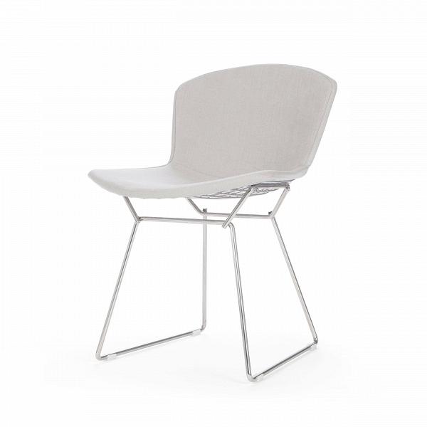 Стул Bertoia с обивкойИнтерьерные<br>Дизайнерский современный легкий однотонный стул Bertoia (Бертола) с тканевой обивкой на тонких металилческих ножках от Cosmo (Космо).<br>Этот ставший классическим для середины XX века современный стул Bertoia являет собой пример отличного дизайна. Экспериментируя над тем, как применить технологию сгибания металлических стержней в практических целях для производства дизайнерской мебели, Гарри Бертойя пополнил коллекцию наиболее почитаемых предметов мебели своим изящным стулом без подлокотников B...<br><br>stock: 8<br>Высота: 74<br>Высота сиденья: 43<br>Ширина: 52,5<br>Глубина: 57,5<br>Цвет ножек: Хром<br>Материал сидения: Хлопок, Лен<br>Цвет сидения: Светло-серый<br>Тип материала сидения: Ткань<br>Коллекция ткани: Ray Fabric<br>Тип материала ножек: Сталь нержавеющая<br>Дизайнер: Harry Bertoia