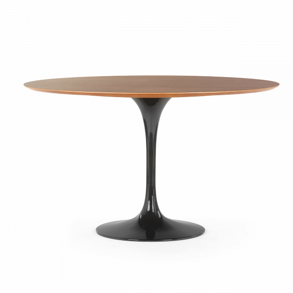 Обеденный стол Tulip с деревянной столешницей диаметр 122Обеденные<br>Ээро Сааринен — крупный представитель американских архитекторов и промышленных дизайнеров. В ходе собственных экспериментов Ээро сформировал собственный неофутуристический стиль. В его направлении преобладает простота иВширота структурных кривых. Настоящей находкой архитектора в создании мебели стала модель Tulip («тюльпан») — кресла и столы на одной опоре.<br><br><br> Обеденный стол Tulip с деревянной столешницей диаметр 122 олицетворяет современный стиль и комфорт. Продолжая дизайнерскую...<br><br>stock: 0<br>Высота: 72<br>Диаметр: 121,5<br>Цвет ножек: Черный глянец<br>Цвет столешницы: Орех американский<br>Материал столешницы: Фанера, шпон ореха<br>Тип материала столешницы: Фанера<br>Тип материала ножек: Алюминий<br>Дизайнер: Eero Saarinen
