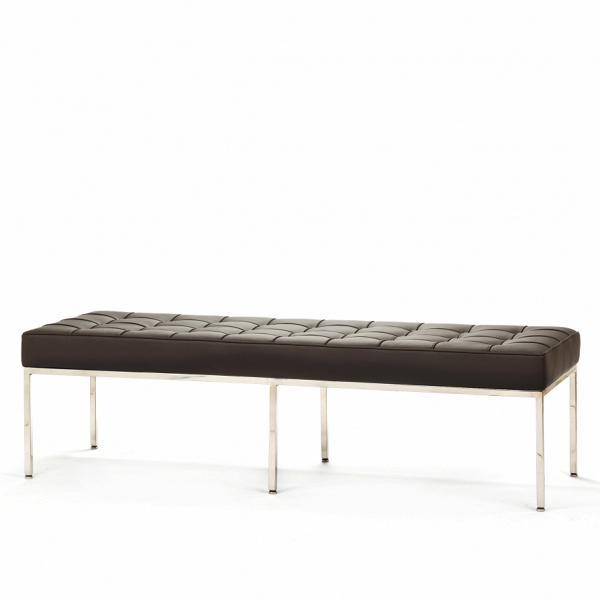 Скамья Florence кожаная ширина 154Скамьи и лавочки<br>Универсальная коллекция Florence включает вВсебя кресло для отдыха, диван, двухместную иВтрехместную скамью. Как иВмногие инновационные проекты, ставшие для мебельной промышленности золотым стандартом, скамья Florence характеризуется объективным перфекционизмом современного дизайна середины XX столетия иВархитектуры.<br><br><br> Скамья Florence кожаная ширина 154 состоит изВотличных, индивидуально сшитых квадратов обивки, приложенной кВхромированной стальной констр...<br><br>stock: 0<br>Высота: 43<br>Ширина: 153,5<br>Глубина: 50,5<br>Цвет ножек: Хром<br>Цвет сидения: Темно-коричневый<br>Тип материала сидения: Кожа<br>Тип материала ножек: Сталь нержавеющая<br>Дизайнер: Florence Knoll