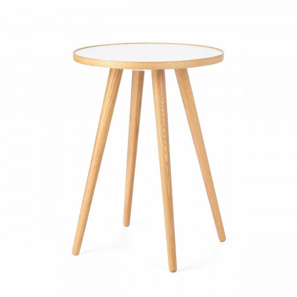 Кофейный стол Sputnik высота 55 диаметр 41Кофейные столики<br>Дизайнерский кофейный стол Sputnik (Спутник) (высота 55 диаметр 41) с пластиковой столешницей на четырех ножках от Cosmo (Космо).<br><br><br> Кофейный стол Sputnik высота 55 диаметр 41 имеет четыре длинные устойчивые ножки и небольшую круглую столешницу. Его разработал американский дизайнер и архитектор мирового уровня Шон Дикс. Столик сделан из качественной древесины американского ореха, что делает его достаточно прочнымВ и долговечным. СтолешницаВ покрыта меламином, благодаря чему уст...<br><br>stock: 0<br>Высота: 55<br>Диаметр: 40,6<br>Цвет ножек: Светло-коричневый<br>Цвет столешницы: Белый<br>Материал ножек: Массив дуба<br>Тип материала столешницы: Пластик<br>Тип материала ножек: Дерево<br>Дизайнер: Sean Dix