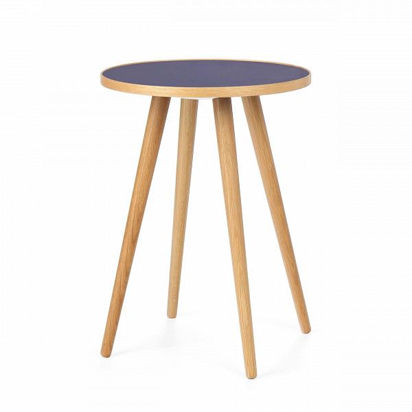 Кофейный стол Sputnik высота 55 диаметр 41Кофейные столики<br>Дизайнерский кофейный стол Sputnik (Спутник) (высота 55 диаметр 41) с пластиковой столешницей на четырех ножках от Cosmo (Космо).<br><br><br> Кофейный стол Sputnik высота 55 диаметр 41 имеет четыре длинные устойчивые ножки и небольшую круглую столешницу. Его разработал американский дизайнер и архитектор мирового уровня Шон Дикс. Столик сделан из качественной древесины американского ореха, что делает его достаточно прочнымВ и долговечным. СтолешницаВ покрыта меламином, благодаря чему уст...<br><br>stock: 3<br>Высота: 55<br>Диаметр: 40,6<br>Цвет ножек: Светло-коричневый<br>Цвет столешницы: Синий<br>Материал ножек: Массив дуба<br>Тип материала столешницы: Пластик<br>Тип материала ножек: Дерево<br>Дизайнер: Sean Dix