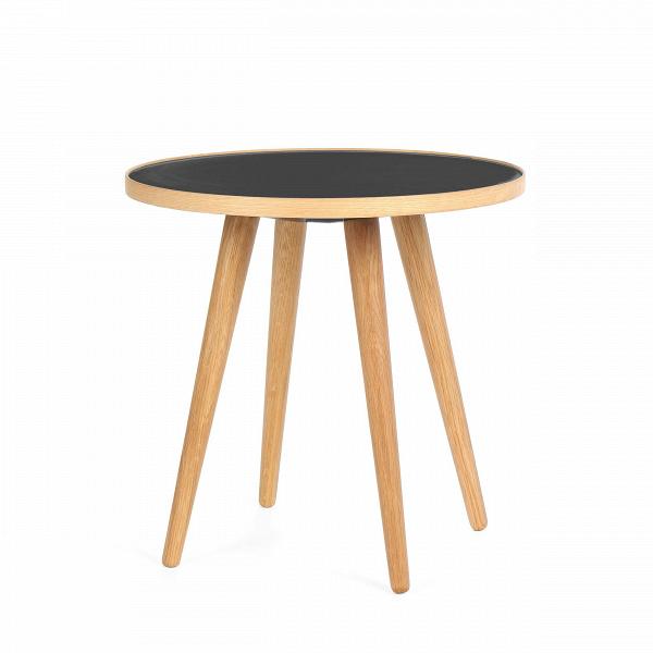 Кофейный стол Sputnik высота 40 диаметр 41Кофейные столики<br>Простые иВчистые линии, интегрированные вВваш интерьер. Классическая столешница вВформе круга добавляет красоты иВизящества этому столу, который сочетается с разнообразными вариантами интерьерных стилей иВможет быть использован как вВдомах, так иВофисах. Четыре ножки отВстола вкручиваются вВстолешницу без специальных инструментов.<br><br><br> Кофейный стол Sputnik высота 40 диаметр 41, творение американского дизайнера с мировым именем Шона Дикса, обл...<br><br>stock: 5<br>Высота: 40<br>Диаметр: 40,6<br>Цвет ножек: Белый дуб<br>Цвет столешницы: Черный<br>Материал ножек: Массив дуба<br>Тип материала столешницы: Пластик<br>Тип материала ножек: Дерево<br>Дизайнер: Sean Dix