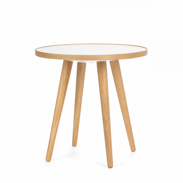 Кофейный стол Sputnik высота 40 диаметр 41Кофейные столики<br>Простые иВчистые линии, интегрированные вВваш интерьер. Классическая столешница вВформе круга добавляет красоты иВизящества этому столу, который сочетается с разнообразными вариантами интерьерных стилей иВможет быть использован как вВдомах, так иВофисах. Четыре ножки отВстола вкручиваются вВстолешницу без специальных инструментов.<br><br><br> Кофейный стол Sputnik высота 40 диаметр 41, творение американского дизайнера с мировым именем Шона Дикса, обл...<br><br>stock: 2<br>Высота: 40<br>Диаметр: 40,6<br>Цвет ножек: Белый дуб<br>Цвет столешницы: Белый<br>Материал ножек: Массив дуба<br>Тип материала столешницы: Пластик<br>Тип материала ножек: Дерево<br>Дизайнер: Sean Dix
