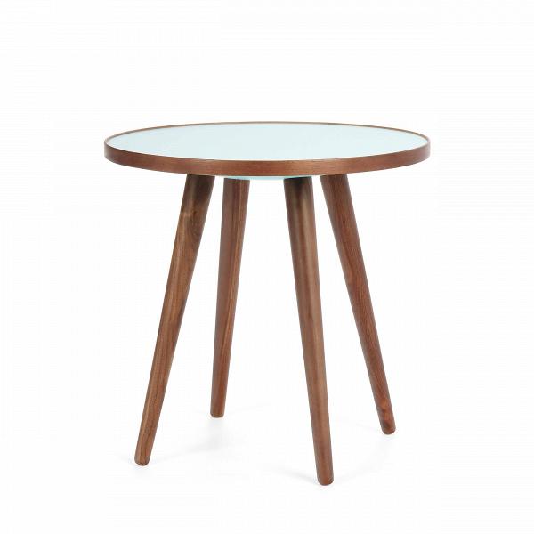 Кофейный стол Sputnik высота 40 диаметр 41Кофейные столики<br>Простые иВчистые линии, интегрированные вВваш интерьер. Классическая столешница вВформе круга добавляет красоты иВизящества этому столу, который сочетается с разнообразными вариантами интерьерных стилей иВможет быть использован как вВдомах, так иВофисах. Четыре ножки отВстола вкручиваются вВстолешницу без специальных инструментов.<br><br><br> Кофейный стол Sputnik высота 40 диаметр 41, творение американского дизайнера с мировым именем Шона Дикса, обл...<br><br>stock: 1<br>Высота: 40<br>Диаметр: 40.6<br>Цвет ножек: Орех американский<br>Цвет столешницы: Голубой<br>Материал ножек: Массив ореха<br>Тип материала столешницы: Меламин<br>Тип материала ножек: Дерево<br>Дизайнер: Sean Dix