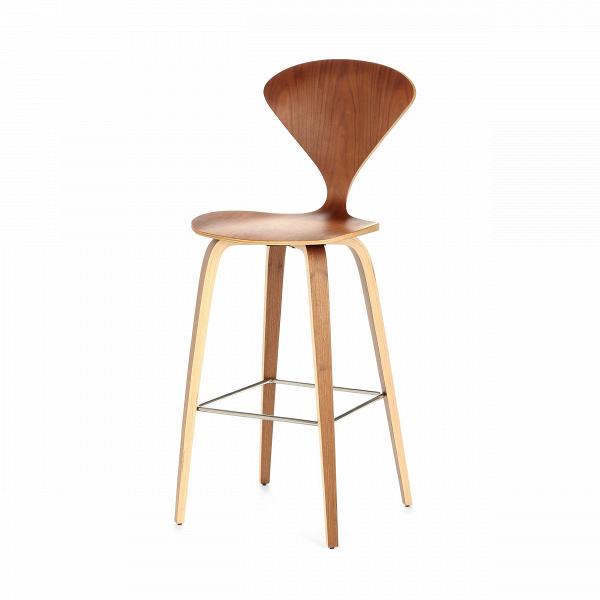 Барный стул Cherner высота 110Барные<br>Дизайнерский деревянный коричневый барный стул Cherner (Чернер) с узкой спинкой от Cosmo (Космо). <br><br> Барный стул Cherner высота 110 — это великолепный деревянный барный стул 1958 года по-настоящему инновационного дизайна Нормана Чернера. Барный стул ChernerВ— прекрасный союз комфорта, новизны иВстиля. Американский дизайнер Норман Чернер известен в мире дизайна прежде всего благодаря коллекции стульев Cherner. Их особенная форма, безупречные линии и необычный дизайн не выходят из м...<br><br>stock: 9<br>Высота: 110<br>Высота сиденья: 72,5<br>Ширина: 47<br>Глубина: 54<br>Материал каркаса: Фанера, шпон ореха<br>Тип материала каркаса: Дерево<br>Цвет каркаса: Орех<br>Дизайнер: Norman Cherner