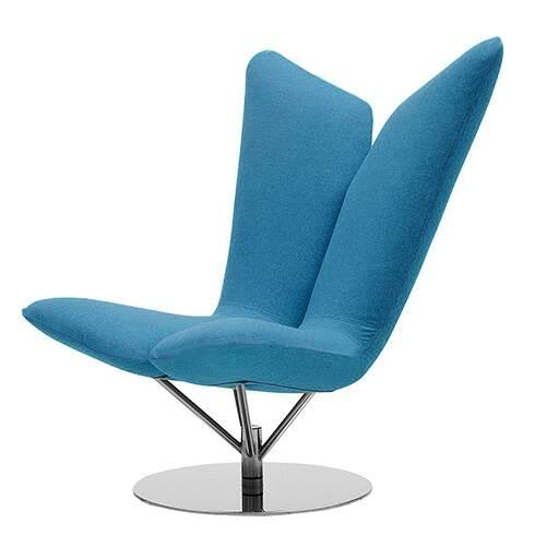 Кресло AngelИнтерьерные<br>Дизайнерское удобное кресло Angel (Ангел) в форме крыльев из тканевой обивки от Softline (Софтлайн).<br> <br><br><br> Кресло Angel — творение датского дуэта Флемминга Буска и Стефана Б.Херцога. Конструкции Буска иВХерцога описываются выражениями «чистые» иВ«минималистичные»; ихВработыВ— это скульптурные формы сВвключением горизонтальных иВвертикальных линий иВгеометрических фигур. ИхВпроекты сочетают смелые цвета сВявным указанием наВдатское дизайне...<br><br>stock: 0<br>Высота: 102<br>Высота сиденья: 42<br>Ширина: 81<br>Глубина: 76<br>Цвет ножек: Хром<br>Материал обивки: Шерсть, Полиамид<br>Коллекция ткани: Felt<br>Тип материала обивки: Ткань<br>Тип материала ножек: Сталь нержавеющая<br>Цвет обивки: Бирюзовый<br>Дизайнер: Busk + Hertzog