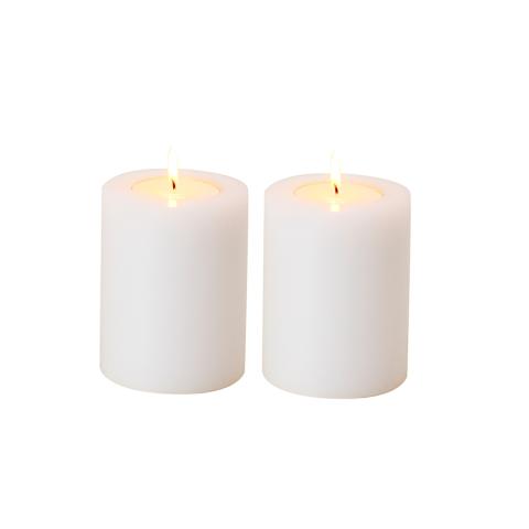 Свечи декоративные, набор из 2 шт (106945 (ACC06945))Подсвечники и свечи<br>Выработанный фирменный стиль коллекций сегодня узнаваем во всем мире. Команда дизайнеров активно ищет вдохновение из различных источников по всему миру - музеев, на антикварных аукционах и в антикварных лавках. Стиль EICHHOLTZ – это фьюжн разнообразие впечатлений и идей в единой коллекции.<br><br>stock: 5<br>Высота: 12<br>Ширина: 10<br>Материал: Пластик<br>Цвет: White<br>Длина: 10<br>Ширина: 10<br>Высота: 12<br>Длина: 10