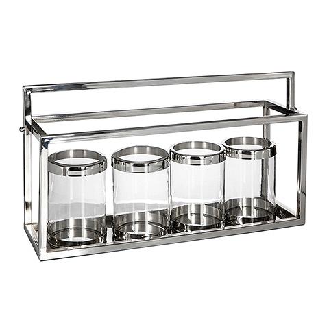 Подсвечник (4520 L)Подсвечники и свечи<br>Стильный, необычный предмет интерьера, состояший из четырех подсвечников, расположенных в металлическом каркасе с ручкой, для мобильности и комфорта при переноске. Каркас выполнен из нержавеющей стали, что позволит как можно дольше оставаться ему все в том же привлекательном виде. Сами подсвечники выполнены из стекла, сверху окантованы стальными бортами, что делает их более практичными в использовании и привлекательными в интерьере.<br><br>stock: 5<br>Ширина: 24<br>Материал: нержавеющая сталь, стекло<br>Цвет: chrom/clear<br>Длина: 71<br>Ширина: 24<br>Длина: 71