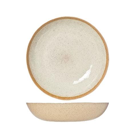 Чаша для салата (8395033)Посуда<br>ROOMERS – это особенная коллекция, воплощение  самого лучшего, модного и новаторского в мире посуды и стильных аксессуаров.<br><br>Интерьерные решения от ROOMERS в буквальном смысле не имеют границ. Все коллекции посуды и аксессуаров отбираются по всему миру – в последних коллекциях знаменитых дизайнеров и культовых брендов, среди искусных работ hand-made мастеров Европы и Юго-Восточной Азии во время большого и увлекательного путешествия, организованного именно с этой целью.<br><br>Вся коллекция посуды о...<br><br>stock: 21<br>Материал: каменная керамика<br>Цвет: Beige<br>Диаметр: 33
