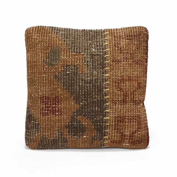 Подушка ZionДекоративные подушки<br>Дизайнерская подушка Zion (Зион) с наполнителем из волокна от Cosmo (Космо).<br><br> Декоративная подушка Zion выполнена вручную, как и другие предметы этой серии — ковер и пуф. Натуральные материалы изделий — то, что нужно, если вы хотите создать домашнюю атмосферу. Шерстяное волокно в обивке, спокойные цвета и грубые стежки придают уютный вид и даже напоминают о мягких игрушках, которые все мы так любили в детстве.<br><br><br><br><br> Оригинальная подушка Zion — это сочетание высокого качества материало...<br><br>stock: 19<br>Ширина: 45<br>Материал: Шерсть<br>Цвет: Multi/Мульти<br>Длина: 45<br>Наполнитель: Волокнистый наполнитель<br>Тип производства: Ручное производство