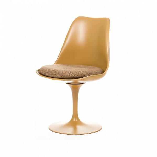 Стул TulipИнтерьерные<br>Дизайнерский стул Tulip (Тьюлип) из стекловолокна на алюминиевой ножке от Cosmo (Космо).<br><br> Стул Tulip — это один из самых знаменитых предметов мебели, он был разработан в 1958 году Ээро Саариненом. Поистине футуристический дизайн и классика модерна. Первый в мире одноногий стул изменил будущее дизайна мебели. Формой стул напоминает бокал или, как видно из названия, — тюльпан. Уникальное основание постамента обеспечивает устойчивость и выглядит эстетически привлекательным. Избавив стул от тр...<br><br>stock: 0<br>Высота: 81<br>Высота сиденья: 46<br>Ширина: 49,5<br>Глубина: 53<br>Цвет ножек: Коричневый матовый<br>Механизмы: Поворотная функция<br>Тип материала каркаса: Стекловолокно<br>Материал сидения: Полиэстер<br>Цвет сидения: Бежево-коричневый<br>Тип материала сидения: Ткань<br>Коллекция ткани: D Fabric<br>Тип материала ножек: Алюминий<br>Цвет каркаса: Коричневый матовый<br>Дизайнер: Eero Saarinen
