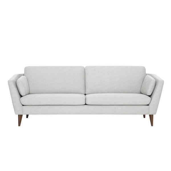 Диван Mynta ширина 220Трехместные<br>Подбирая подходящую мягкую мебель в свою гостиную комнату или домашний кабинет, следует помнить о том, что такая мебель станет залогом уюта и хорошего, спокойного настроения, ведь именно мягкая мебель отвечает за наш отдых и хорошее самочувствие в перерыве между работой. Диван Mynta ширина 220 — это замечательное творение дизайнеров компании Sits, в котором присутствуют легкие шведские черты, а традиционные классические формы тесно переплетаются с современными дизайнерскими решениями.<br><br>...<br><br>stock: 0<br>Высота: 82<br>Высота сиденья: 46<br>Глубина: 87<br>Длина: 220<br>Цвет ножек: Орех<br>Материал обивки: Хлопок<br>Степень комфортности: Стандарт комфорт<br>Форма подлокотников: Стандарт<br>Коллекция ткани: Категория ткани III<br>Тип материала обивки: Ткань<br>Тип материала ножек: Дерево<br>Цвет обивки: Светло-серый
