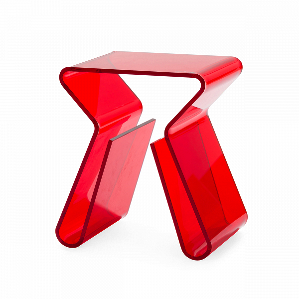 Кофейный стол MaginoКофейные столики<br>Дизайнерский минималистичный стильный стол Magino (Маджино) из акрила от Cosmo (Космо).<br><br><br> Прозрачный столик от ньюйоркца Карима Рашида, всемирно известного промышленного дизайнера и декоратора, изобретателя стиля поп-люкс и адепта ярких красок и синтетических материалов, можно легко представить на роскошных виллах в Майами, городских квартирах в духе минимализма или модных нью-йоркских лофтах, ведь кофейный стол Magino — отличная альтернатива массивным и неповоротливым деревянным стола...<br><br>stock: 7<br>Высота: 43<br>Ширина: 29<br>Глубина: 38,5<br>Тип материала каркаса: Акрил<br>Цвет каркаса: Красный<br>Дизайнер: Karim Rashid