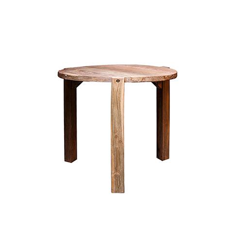Стол Венди (XQSS16-80)Обеденные<br>ROOMERS – это особенная коллекция, воплощение всего самого лучшего, модного и новаторского в мире дизайнерской мебели, предметов декора и стильных аксессуаров.<br><br>Интерьерные решения от ROOMERS в буквальном смысле не имеют границ. Мебель, предметы декора, светильники и аксессуары тщательно отбираются по всему миру – в последних коллекциях знаменитых дизайнеров и культовых брендов, среди искусных работ hand-made мастеров Европы и Юго-Восточной Азии во время большого и увлекательного путешествия,...<br><br>stock: 3<br>Высота: 78<br>Ширина: 80<br>Материал: массив тикового дерева<br>Цвет: Rustic 1/Natural<br>Длина: 80