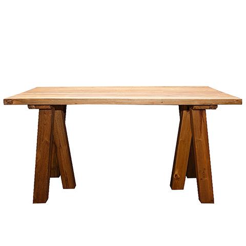 Стол Анжела (XQSS13-160)Обеденные<br>ROOMERS – это особенная коллекция, воплощение всего самого лучшего, модного и новаторского в мире дизайнерской мебели, предметов декора и стильных аксессуаров.<br><br>Интерьерные решения от ROOMERS в буквальном смысле не имеют границ. Мебель, предметы декора, светильники и аксессуары тщательно отбираются по всему миру – в последних коллекциях знаменитых дизайнеров и культовых брендов, среди искусных работ hand-made мастеров Европы и Юго-Восточной Азии во время большого и увлекательного путешествия,...<br><br>stock: 6<br>Высота: 78<br>Ширина: 80<br>Материал: массив тикового дерева<br>Цвет: Rustic 1/Natural<br>Длина: 160