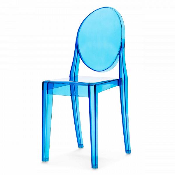 Стул Victoria GhostИнтерьерные<br>Дизайнерский прозрачный пластиковый стул Victoria Ghost (Виктория Гост) с подлокотниками от Cosmo (Космо).<br>Обращаясь к стилю рококо, господствовавшему во Франции в XVIII веке, французский промышленныйВдизайнер Филипп Старк в 2002 году разработал эти удобные современные стулья. Современность, черпающая вдохновение в стиле времен правления Людовика XV, удивляет и в то же время очаровывает. Оригинальные стулья Victoria Ghost от Филиппа Старка послужат элегантным дополнением вашего интерьер...<br><br>stock: 0<br>Высота: 90,5<br>Высота сиденья: 48,5<br>Ширина: 38,5<br>Глубина: 49,5<br>Материал каркаса: Поликарбонат<br>Тип материала каркаса: Пластик<br>Цвет каркаса: Голубой прозрачный<br>Дизайнер: Philippe Starck