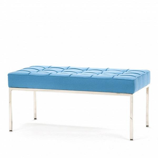 Скамья Florence кожаная ширина 93Скамьи и лавочки<br>Универсальная коллекция Florence включает вВсебя кресло для отдыха, диван, двухместную иВтрехместную скамьи.<br><br><br> Как иВмногие инновационные проекты, ставшие позже золотым стандартом мебельной промышленности, скамья Florence кожаная ширина 93 характеризуется объективным перфекционизмом современного дизайна иВархитектуры середины XX столетия.<br><br><br> Скамья Florence кожаная ширина 93 состоит изВотличных, индивидуально сшитых квадратов обивки, приложенной кВхро...<br><br>stock: 0<br>Высота: 43<br>Ширина: 93<br>Глубина: 50,5<br>Цвет ножек: Хром<br>Материал сидения: Шерсть, Нейлон<br>Цвет сидения: Голубой<br>Тип материала сидения: Ткань<br>Тип материала ножек: Сталь нержавеющая<br>Дизайнер: Florence Knoll