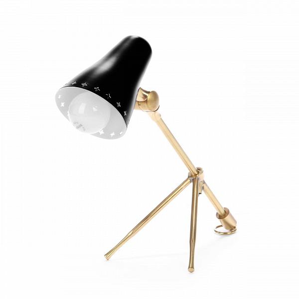 Настольный светильник Cocotte 1Настольные<br>Дизайнерский настольный светильник Cocotte (Кокотте) в стиле модерн на трех ножках от Cosmo.<br><br><br> Настольный светильник Cocotte 1 был создан французским дизайнером Борисом Лакруа в стиле модерн. Художник жил и работал в XX веке, когда в мире дизайна и архитектуры господствовали простота линий и функциональность. Все должно было служить нуждам человека.<br><br><br> Для стиля модерн характерны строгая геометрия линий, отсутствие вычурных деталей, качественные материалы, эксперименты с формой и со...<br><br>stock: 0<br>Высота: 23<br>Диаметр: 12<br>Длина: 35<br>Количество ламп: 1<br>Материал абажура: Алюминий<br>Материал арматуры: Металл<br>Мощность лампы: 40<br>Ламп в комплекте: Нет<br>Напряжение: 220-240<br>Тип лампы/цоколь: E14<br>Цвет абажура: Черный<br>Цвет арматуры: Латунь<br>Цвет провода: Черный