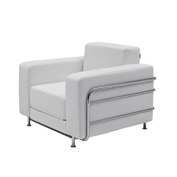 Кресло SilverИнтерьерные<br>Стильное и элегантное кресло Silver будет великолепным дополнением в любом современном интерьере. Белоснежный цвет кресла придает ему особый шарм и стиль, а строгая форма и четкие линии позволяют использовать его даже в рабочем кабинете. Оно задумано дизайнером не просто в качестве функционального предмета мебели, но и как особая изюминка, украшение всей комнатной обстановки.<br><br><br> В изделии примечательно абсолютно все, в том числе и используемые для его создания материалы. Обивка кресла...<br><br>stock: 0<br>Высота: 73<br>Высота сиденья: 38<br>Ширина: 100<br>Глубина: 38<br>Механизмы: Раскладной<br>Материал обивки: Полиэстер<br>Тип материала каркаса: Сталь<br>Коллекция ткани: Valencia<br>Цвет обивки: Белый<br>Цвет каркаса: Хром
