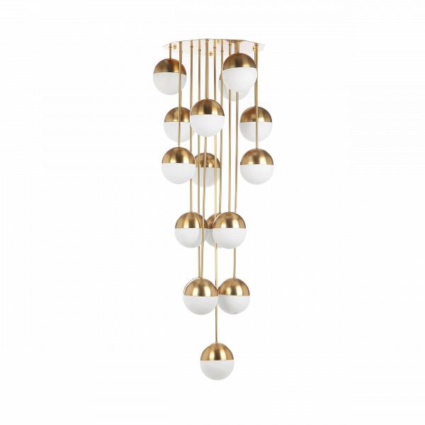 Потолочный светильник Italian Globe Cascading 16 лампПотолочные<br>Потолочный светильник Italian Globe Cascading 16 ламп — это светильник-игрушка, светильник-праздник, который будет приятно радовать глаз и дарить свет и уют вашему дому. Этот великолепный предмет интерьера — яркий пример итальянского дизайна. Созданный в солнечной Италии в шестидесятых годах прошлого столетия, этот светильник мгновенно завоевал сердца покупателей; с момента создания он постоянно производится в разных модификациях.<br><br><br> Потолочный светильник Italian Globe Cascading 16 ламп...<br><br>stock: 0<br>Высота: 150<br>Длина: 47<br>Доп. цвет абажура: Латунь<br>Количество ламп: 16<br>Материал абажура: Стекло<br>Материал арматуры: Сталь<br>Ламп в комплекте: Нет<br>Цвет абажура: Белый матовый<br>Цвет арматуры: Латунь
