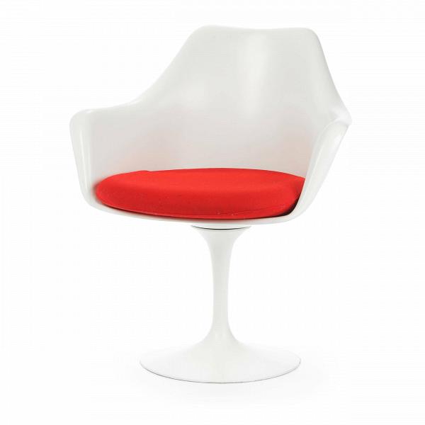 Cтул Tulip с подлокотниками и мягкой подушкойИнтерьерные<br>Дизайнерский мягкий стул Tulip (Тулип) с подлокотниками и мягкой подушкой из стекловолокна на глянцевой ножке с кожаным сиденьем от Cosmo (Космо).<br><br>     Свои основные идеи финн Ээро Сааринен черпал вВаскетичном подходе кВдизайну, воплощая ихВвВнаиболее эффективных конструкционных решениях. «Решение любой дизайнерской задачи нужно искать вВследующей, более крупной вещи,В— утверждал Сааринен. — Если загвоздка вВстуле, мыВдолжны смотреть наВто, как ...<br><br>stock: 2<br>Высота: 80,5<br>Высота сиденья: 47<br>Ширина: 66<br>Глубина: 58<br>Цвет ножек: Белый матовый<br>Тип материала каркаса: Стекловолокно<br>Материал сидения: Шерсть, Нейлон<br>Цвет сидения: Красный<br>Тип материала сидения: Ткань<br>Коллекция ткани: T Fabric<br>Тип материала ножек: Алюминий<br>Цвет каркаса: Белый матовый<br>Дизайнер: Eero Saarinen