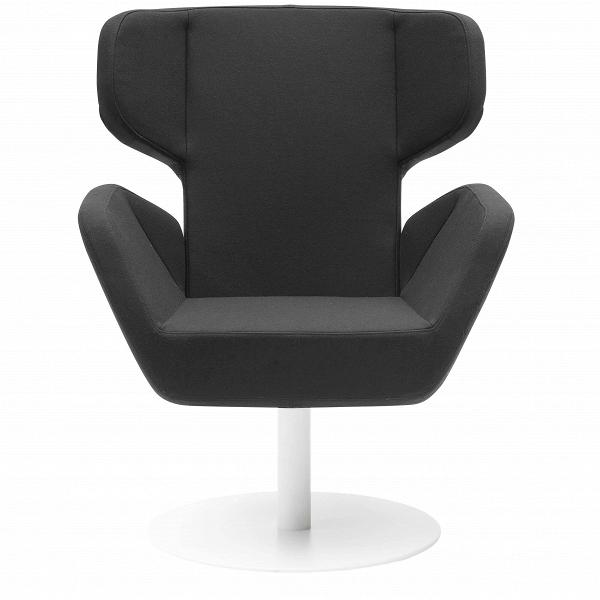 Кресло CosyИнтерьерные<br>Дизайнерское вращающееся удобное кресло Cosy (Кози) на одной ножке в стиле минимализма от Softline (Софтлайн).<br><br><br> Кресло Cosy спроектировал Маттиас Демакер, немецкий дизайнер, родившийся в 1970 году. Он одновременно обучался дизайну, работал в архитектурных студиях и сотрудничал с различными мастерскими. Особенность стиля Демакера — создавать простые, но изысканные предметы мебели. Например, кресло Cosy, которое выпускает компания Softline. Датская компания Softline была основана в 1979 ...<br><br>stock: 0<br>Высота: 87-100<br>Высота сиденья: 45<br>Ширина: 80<br>Глубина: 77<br>Цвет ножек: Белый<br>Механизмы: Поворотная функция<br>Материал обивки: Шерсть, Полиамид<br>Коллекция ткани: Felt<br>Тип материала обивки: Ткань<br>Тип материала ножек: Металл<br>Цвет обивки: Черный<br>Дизайнер: Matthias Demacker