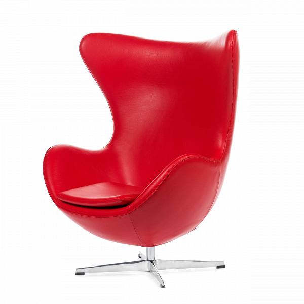 Кресло EggИнтерьерные<br>Дизайнерское комфортное кресло Egg (Эгг) в форме яйца на узкой ножке от Cosmo (Космо).<br><br><br> Кресло, своими очертаниями напоминающее яйцо, — одно из самых известных творений датского дизайнера Арне Якобсена. Вряд ли оно когда-нибудь выйдет из моды — уж слишком велик диапазон его интерьерных возможностей. Кроме того, обыгрывать данную форму помогают различные фактуры и цвета обивок.<br><br><br> Особенно приятно и солидно смотрится оригинальное кресло Egg в обивке из натуральной кожи, представлен...<br><br>stock: 2<br>Высота: 105,5<br>Высота сиденья: 41<br>Ширина: 87<br>Глубина: 82<br>Цвет ножек: Хром<br>Коллекция ткани: Deluxe<br>Тип материала обивки: Кожа<br>Тип материала ножек: Алюминий<br>Цвет обивки: Красный<br>Дизайнер: Arne Jacobsen