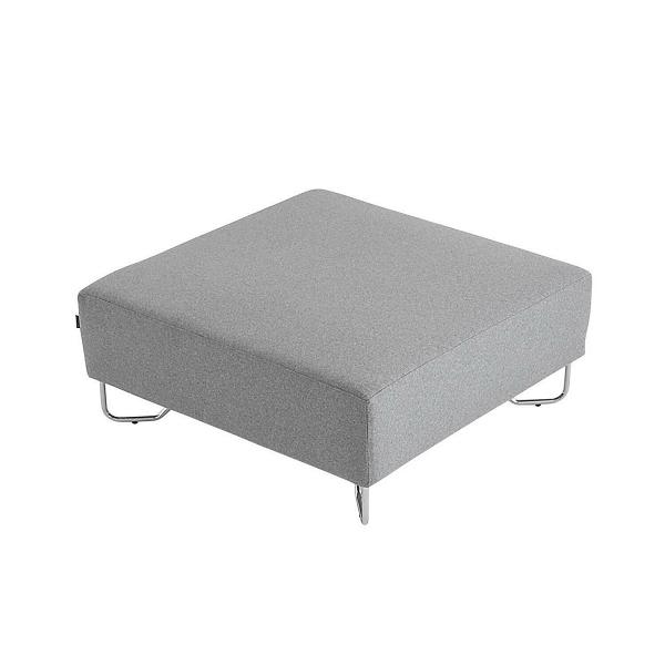 Пуф LotusПуфы и оттоманки<br>Дизайнерский пуф Lotus — это замечательное функциональное дополнение к модульному дивану из одноименной линейки мягкой мебели. Пуфы давно завоевали любовь настоящих ценителей домашнего уюта и тепла. Этот предмет домашней меблировки создает неповторимую атмосферу комфорта, стильно дополняет комнатную обстановку и способен быть многофункциональной частью вашего интерьера.<br><br><br> Пуф Lotus, как и вся линейка, обладает нейтральным светло-серым цветом. Обивка изготовлена из высококачественного,...<br><br>stock: 0<br>Высота: 42<br>Ширина: 98<br>Глубина: 98<br>Цвет ножек: Хром<br>Материал сидения: Войлок<br>Цвет сидения: Светло-серый<br>Тип материала сидения: Ткань<br>Тип материала ножек: Металл