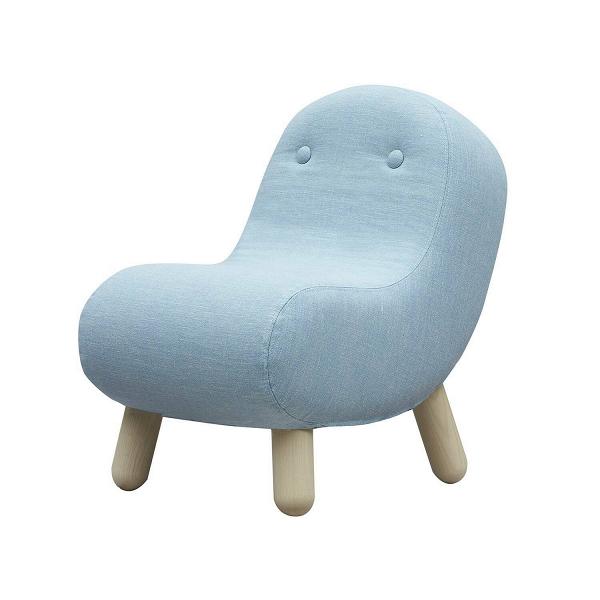 Кресло BobИнтерьерные<br>Кресло Bob отличается особым дизайном, придуманным западными мастерами. Изделие, на первый взгляд строгое и лаконичное, обладает детским непосредственным характером, который способен разнообразить даже самый сухой интерьер. Толстые округлые ножки, мягкие плавные черты и пузатая форма — все говорит о необычайном удобстве и современном оригинальном стиле.<br><br><br> Мягкая, приятная на ощупь фактурная обивка еще больше придает ему вид детского кресла. Неудивительно, ведь дети любят все мягкое, «...<br><br>stock: 0<br>Высота: 63<br>Высота сиденья: 33<br>Ширина: 41<br>Глубина: 67<br>Цвет ножек: Светло-коричневый<br>Материал ножек: Массив ясеня<br>Материал обивки: Хлопок, Полиэстер<br>Коллекция ткани: Vision<br>Тип материала обивки: Ткань<br>Тип материала ножек: Дерево<br>Цвет обивки: Светло-голубой