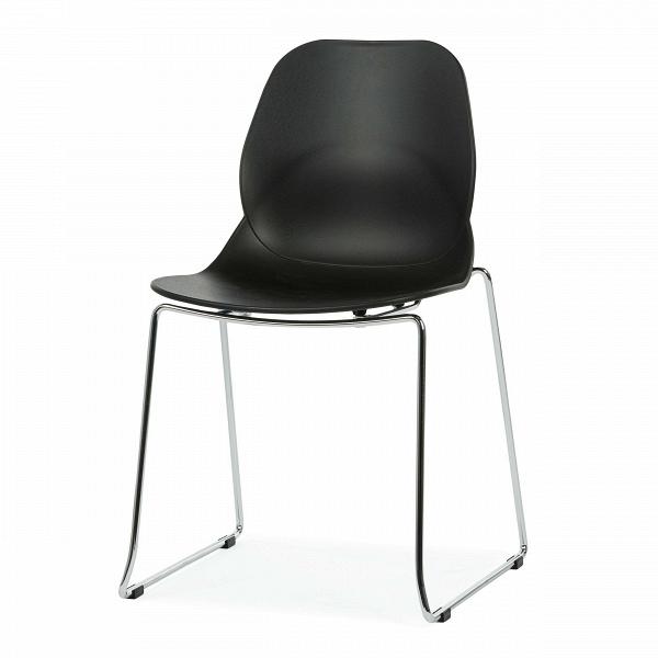 Стул LightweightИнтерьерные<br>Дизайнерский узкий высокий стул Lightweight (Лайтвейт) из пластика без подлокотников на тонких стальных ножках от Cosmo (Космо).<br>Стул Lightweight — это экономичный и стильный вариант мебели для офиса. Сглаженные формы сиденья, спинки и ножек приятны глазу. Сидеть же на нем невероятно комфортно, так как дизайнеры позаботились о своем потребителе, они спроектировали вогнутуюВспинкуВстула, благодаря которой отдых приятен и безвреден.<br> <br> Полипропилен, из которого выполнено сиденье, с...<br><br>stock: 23<br>Высота: 82,5<br>Ширина: 54<br>Глубина: 49,5<br>Цвет ножек: Хром<br>Цвет сидения: Черный<br>Тип материала сидения: Полипропилен<br>Тип материала ножек: Сталь нержавеющая