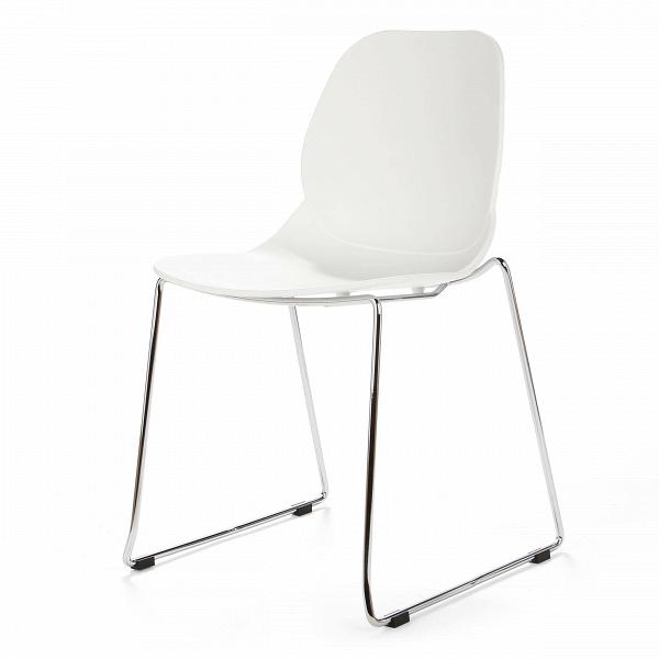 Стул LightweightИнтерьерные<br>Дизайнерский узкий высокий стул Lightweight (Лайтвейт) из пластика без подлокотников на тонких стальных ножках от Cosmo (Космо).<br>Стул Lightweight — это экономичный и стильный вариант мебели для офиса. Сглаженные формы сиденья, спинки и ножек приятны глазу. Сидеть же на нем невероятно комфортно, так как дизайнеры позаботились о своем потребителе, они спроектировали вогнутуюВспинкуВстула, благодаря которой отдых приятен и безвреден.<br> <br> Полипропилен, из которого выполнено сиденье, с...<br><br>stock: 21<br>Высота: 82,5<br>Ширина: 54<br>Глубина: 49,5<br>Цвет ножек: Хром<br>Цвет сидения: Белый<br>Тип материала сидения: Полипропилен<br>Тип материала ножек: Сталь нержавеющая