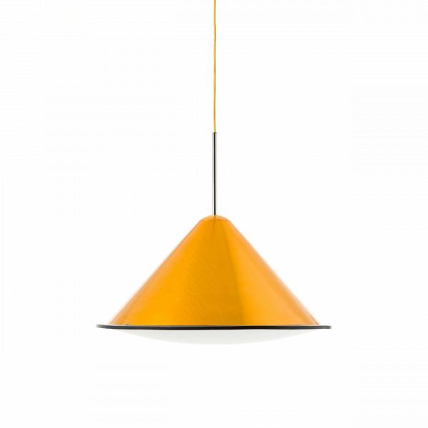 Подвесной светильник Cone диаметр 55Подвесные<br>Источником вдохновения для подвесного светильника Cone D55<br> стала профессиональная фототехника. Этим объясняется особое отношение кВсвету иВего универсальности.<br><br><br><br>Плафон Cone D55 сВвнутренней белой поверхностью изВакрила равномерно распределяет световой луч, придавая ему выразительность иВкачества естественного дневного света.<br><br>stock: 0<br>Высота: 120<br>Диаметр: 55<br>Количество ламп: 1<br>Материал абажура: Акрил<br>Материал арматуры: Металл<br>Ламп в комплекте: Нет<br>Напряжение: 220<br>Тип лампы/цоколь: E27<br>Цвет абажура: Золотой<br>Дизайнер: Tom Dixon