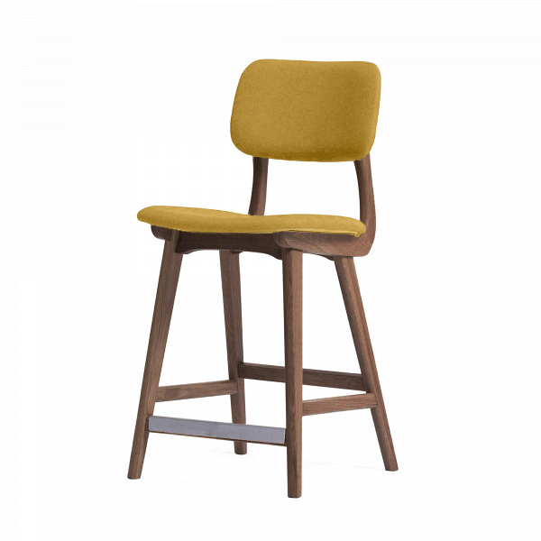 Барный стул Civil 3Полубарные<br>Простой дизайн и комфорт, стиль и изящество элитного дерева — все это сочетается в представленном здесь барном стуле Civil 3. Этот стул будет прекрасно смотреться не только в офисе или кабинете, но также подойдет и в квартиру. Благодаря двум вариантам обивки, имеющимся в наличии, вы сможете подобрать стул, который подойдет именно вашему интерьеру.<br><br><br> В качестве основного материала для изготовления этих стульев используется высококачественная, невероятно прочная древесина американского...<br><br>stock: 0<br>Высота: 97<br>Высота сиденья: 61<br>Ширина: 45<br>Глубина: 54<br>Материал каркаса: Массив ореха<br>Тип материала каркаса: Дерево<br>Материал сидения: Хлопок, Лен<br>Цвет сидения: Желтый<br>Тип материала сидения: Ткань<br>Коллекция ткани: Ray Fabric<br>Цвет каркаса: Орех