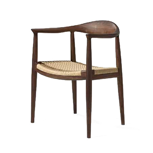 Стул Kennedy с сиденьем из кордаИнтерьерные<br>Стул Kennedy с сиденьем из корда – это один из наиболее известных проектов дизайнера-проектировщика Ханса Вегнера. Вегнер очень ценил дерево как материал для своего творчества, именно оно помогало ему разрабатывать самые интересные его идеи. Данная модель стала особенно популярной и успешной в равной степени благодаря своему интересному дизайну и потрясающему комфорту.<br><br><br> Стул Kennedy с сиденьем из корда – прекрасный представитель первоклассной мебели. Роскошный каркас и спинка изделия ...<br><br>stock: 0<br>Высота: 76,5<br>Высота сиденья: 43<br>Ширина: 63<br>Глубина: 51,5<br>Материал каркаса: Массив ореха<br>Тип материала каркаса: Дерево<br>Цвет сидения: Бежевый<br>Тип материала сидения: Корд бумажный<br>Цвет каркаса: Орех<br>Дизайнер: Hans Wegner