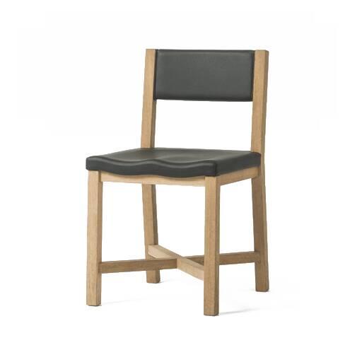 Стул TomokoИнтерьерные<br><br><br>stock: 0<br>Высота: 80<br>Высота сиденья: 47<br>Ширина: 43<br>Глубина: 49<br>Материал каркаса: Массив бука<br>Материал обивки: Кожа<br>Тип материала каркаса: Дерево<br>Коллекция ткани: Standart Leather<br>Цвет обивки: Черный<br>Цвет каркаса: Светло-коричневый<br>Дизайнер: Sean Dix