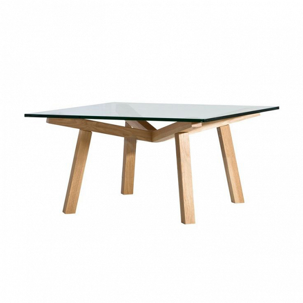 Кофейный стол Forte квадратный 90х90Кофейные столики<br>Кофейный стол Forte квадратный 90х90 – это яркий представитель легкого и просторного скандинавского стиля, где большое значение имеет игра света и яркие краски. Особенно важную роль в создании скандинавского интерьера играют элементы из светлого дерева. Американский дизайнер Шон Дикс, известный своими стильными и функциональными работами, постарался сделать Forte максимально удобным и подходящим именно для такого типа интерьера.<br><br><br> Кофейный стол Forte квадратный 90х90 изготовлен из высо...<br><br>stock: 0<br>Высота: 40<br>Ширина: 90<br>Длина: 90<br>Цвет ножек: Дуб<br>Цвет столешницы: Прозрачный<br>Материал ножек: Массив дуба<br>Тип материала столешницы: Стекло закаленное<br>Тип материала ножек: Дерево<br>Дизайнер: Sean Dix