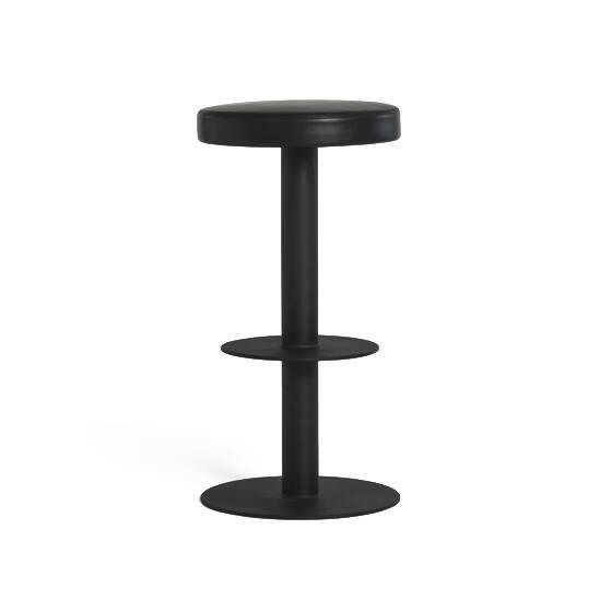 Барный стул SaturnБарные<br>Дизайн барного стула Saturn завораживает своей простотой и оригинальностью. Этот инновационный проект был придуман Шоном Диксом – американским дизайнером, ставящим на первое место практичность и комфорт. Среди всех проектов Шона Дикса самыми известными являются его стулья – функциональные, удобные, способные дополнить любой интерьер.<br><br><br> Изделие оправдывает свое название: словно кольца вокруг Сатурна, изделие имеет несколько круглых элементов вокруг своей ножки-оси: круглое кожаное сид...<br><br>stock: 0<br>Высота: 75<br>Диаметр: 38<br>Цвет ножек: Черный<br>Цвет сидения: Черный<br>Тип материала сидения: Кожа<br>Коллекция ткани: Harry Leather<br>Тип материала ножек: Сталь<br>Дизайнер: Sean Dix