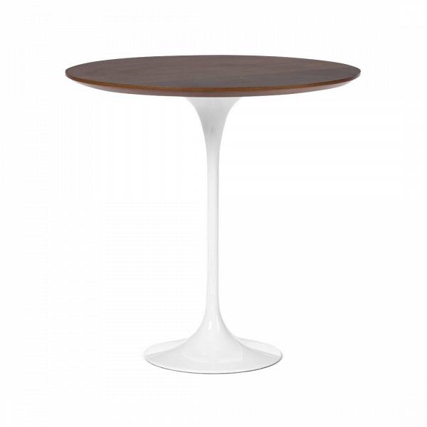Кофейный стол Tulip с деревянной столешницей высота 52Кофейные столики<br>Дизайнерский кофейный светлый стол Tulip (Тулип) высота 52 на глянцевой ножке с деревянной столешницей от Cosmo (Космо).<br><br><br> Простой и оригинальный во всех отношениях кофейный стол Tulip. Шикарный пример бессмертия дизайнерской мысли. Четкость линий и ничего лишнего. Эргономика, как и во всех шедеврах Ээро Сааринена, просто на высоте. Проекты великого мастера всегда отличаются своей практичностью и красотой. Долгие годы Сааринен не выходит из моды, и сейчас крайне популярен. Изначально, ...<br><br>stock: 8<br>Высота: 52,5<br>Диаметр: 52<br>Цвет ножек: Белый глянец<br>Цвет столешницы: Орех американский<br>Материал столешницы: МДФ, шпон ореха<br>Тип материала столешницы: МДФ<br>Тип материала ножек: Алюминий<br>Дизайнер: Eero Saarinen