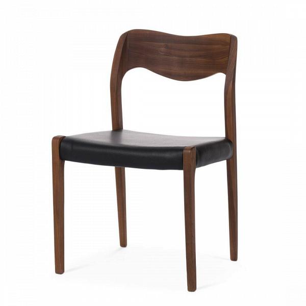 Стул WideИнтерьерные<br>Дизайнерский стул Wide (Уайд) с каркасом из дерева от Cosmo (Космо).<br> Стул Wide вполне претендует на звание эталонного, в нем есть все, что нужно идеальному предмету интерьера. Лаконичный дизайн, плавные линии, четкая геометрия — такой стул легко впишется в любой интерьер, каким бы авангардным он ни был. Ну а для пространств, оформленных в стиле скандинавского минимализма, оригинальный стул Wide просто незаменим.<br><br><br> Кожаная обивка сиденья не только повышает комфорт, но и придает лоск — т...<br><br>stock: 0<br>Высота: 78,5<br>Ширина: 50<br>Глубина: 50,5<br>Материал каркаса: Массив ореха<br>Тип материала каркаса: Дерево<br>Цвет сидения: Черный<br>Тип материала сидения: Кожа<br>Коллекция ткани: Deluxe<br>Цвет каркаса: Орех