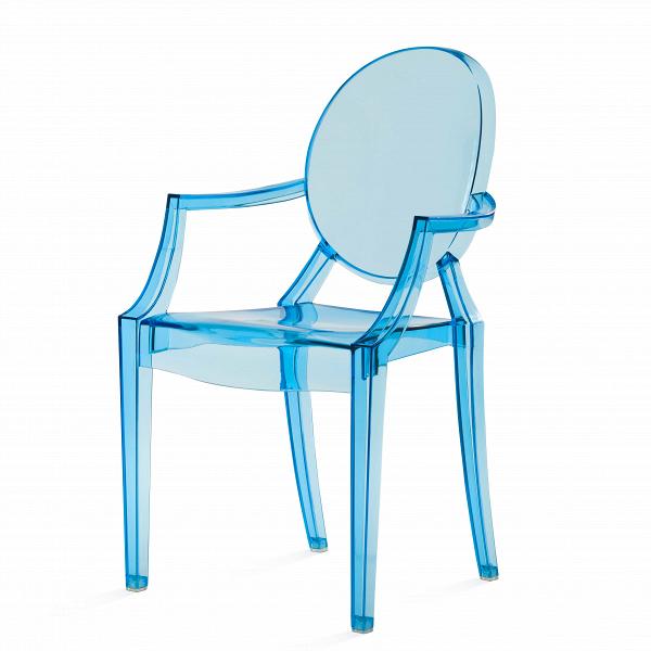 Стул Louis GhostИнтерьерные<br>Дизайнерский глянцевый жесткий пластиковый стул Louis Ghost (Луи Гост) с круглым сиденьем на четырех ножках от Cosmo (Космо).<br><br>     Волна любви к маэстро промышленного дизайна французу Филиппу Старку, захлестнувшая мир несколько лет назад, отнюдь не спадает. Его предметы давно стали must have любого стильного интерьера, и стул Louis Ghost не исключение. ЭтотВбестселлер — ироничная фантазия на тему классического кресла в стиле Людовика XVI, не зря же и назван он «призрак Людовика». На б...<br><br>stock: 19<br>Высота: 92,5<br>Высота сиденья: 48,5<br>Ширина: 54<br>Глубина: 57,5<br>Материал каркаса: Поликарбонат<br>Тип материала каркаса: Пластик<br>Цвет каркаса: Голубой прозрачный<br>Дизайнер: Philippe Starck