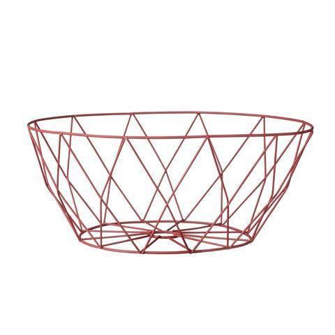 Корзина Bloomingville Red MetalДекоративная посуда<br><br><br>stock: 0<br>Высота: 10<br>Материал: Металл<br>Цвет: Красный<br>Диаметр: 26